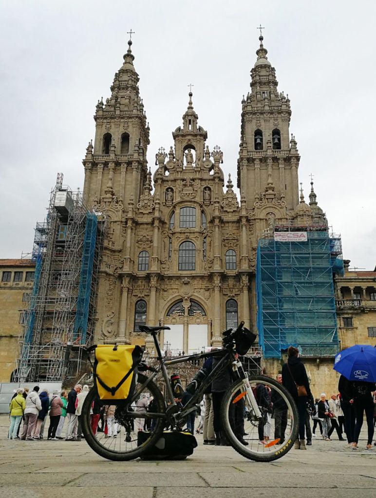 Final del Camino de Santiago en la Plaza del Obradoiro