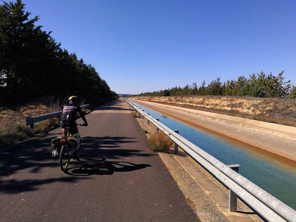 Canal de Pertusa en el Camino de Santiago en Aragón